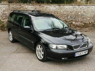 used Volvo V70 2.4 SE 5dr