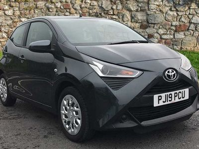 used Toyota Aygo 1.0 VVT-i x-play 5-Dr 5dr