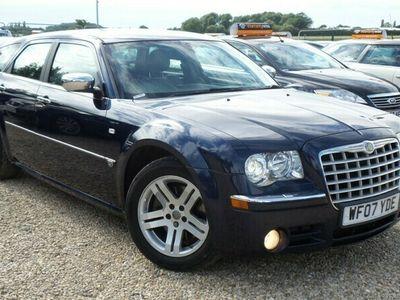 used Chrysler 300C 3.0CRD V6 Estate 5d 2987cc auto
