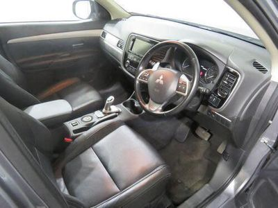 used Mitsubishi Outlander P-HEV GX 4H