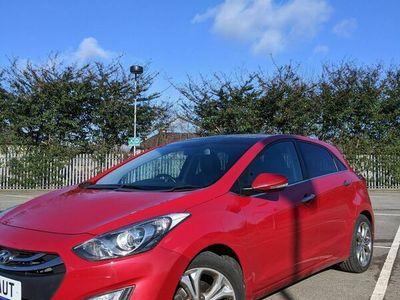 used Hyundai i30 1.6 CRDi Premium Auto 5dr (Panoramic Roof)
