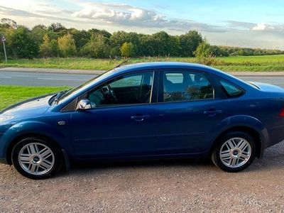 used Ford Focus 1.6 Ghia 4dr Auto