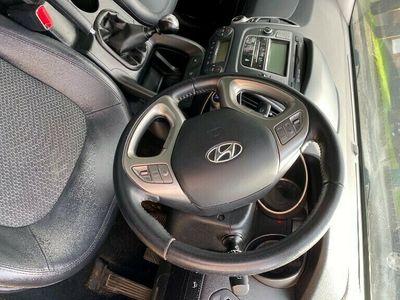 used Hyundai ix35 1.7CRDi 16v (2WD) Premium Estate 5d 1685cc
