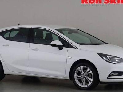 used Vauxhall Astra PETROL MANUAL HATCHBACK 5 DOORS