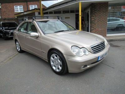used Mercedes C200 C-Class 2.1CDI ELEGANCE SE 4d 121 BHP - TRADE CLEARANCE- GREAT MILEAGE!!