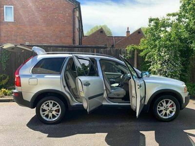 used Volvo XC90 2.9 T6 SE Geartronic AWD 5dr