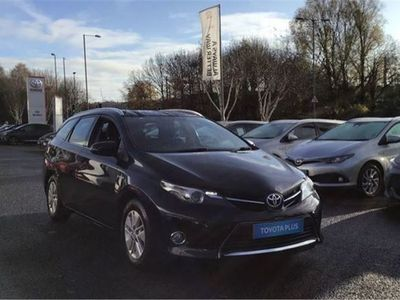 used Toyota Auris 1.8 VVTi Hybrid Icon 5dr CVT Auto Automatic touring sport