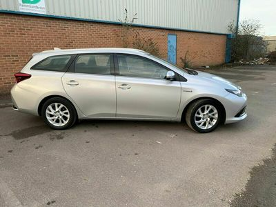 used Toyota Auris 1.8 VVT-h Icon Tech Touring Sports CVT (s/s) 5dr