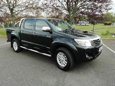 used Toyota HiLux 3.0 D-4D Invincible Crewcab Pickup 4dr