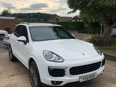 used Porsche Cayenne 3.0 E-Hybrid S Platinum Edition Tiptronic 4WD (s/s) 5dr