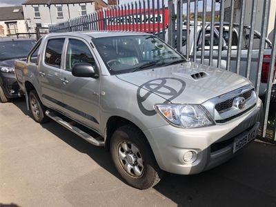 used Toyota HiLux HL2 4X4 D-4D DCB
