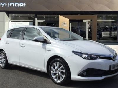 used Toyota Auris 1.8 Hybrid Icon TSS 5dr CVT hatchback 2017