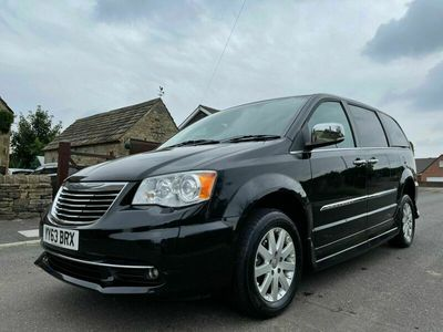 used Chrysler Grand Voyager Station Wagon 2.8 (178bhp) CRD Limited 5d Auto