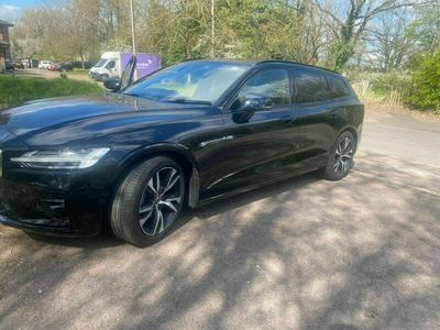 used Volvo V60 2.0 T4 R-Design Plus Auto (s/s) 5dr