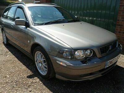 used Volvo V40 Estate 2.0 Sport Lux 5d