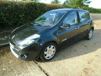 used Renault Clio 1.2 Expression 16v 75 (a/c) Hatchback 5d