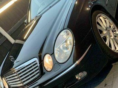 used Mercedes E220 E Class 2.1CDI Elegance 4dr