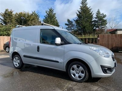 used Vauxhall Combo 1.6 CDTI 2000 L1H1 S/S SPORTIVE FINE EXAMPLE WITH RECENT CAMBELT AND WATER PUMP