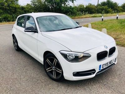 used BMW 118 1 SERIES 2.0 D SPORT 5d AUTO 141 BHP S/H-SAT NAV-AUTOMATIC-WHITE