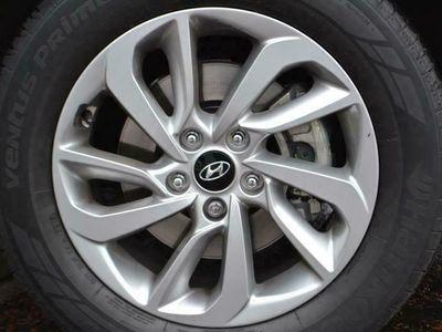 used Hyundai Tucson 1.7 CRDi Blue Drive SE 5dr 2WD suv 2018