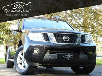 used Nissan Navara 2.5 DCI TEKNA 4X4 DCB 188 BHP APPLY FOR FINANCE ON OUR WEBSITE