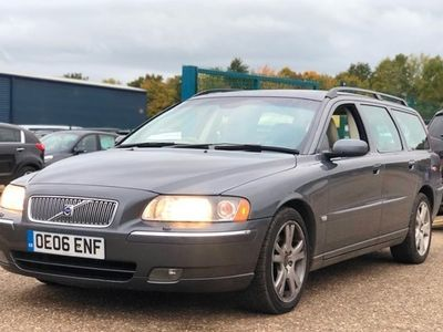 used Volvo V70 Estate D5 SE (185bhp) 5d Geartronic