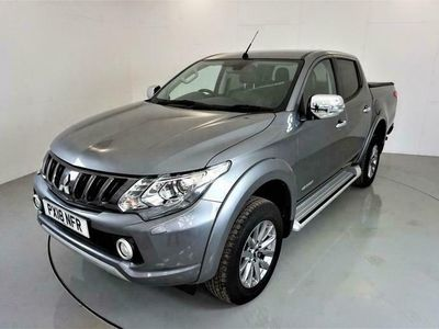 used Mitsubishi L200 2.4 DI-D 4WD WARRIOR DCB 5d AUTO-1 OWNER FROM NEW-HEATED BLACK L
