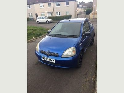 used Toyota Yaris 1.0 VVT-i Colour Collection 3dr