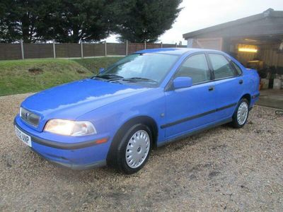 used Volvo S40 1.6i 4dr