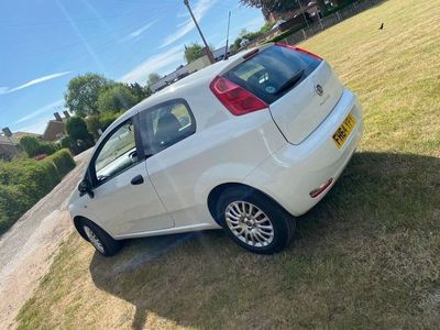 used Fiat Punto 1.4 Easy (s/s) 3dr