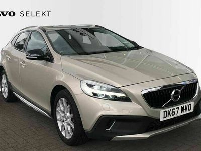 used Volvo V40 CC T3 Cross Country Pro Manual (Winter Pack)