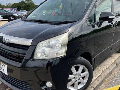 used Toyota Noah 2.0 X Auto 8 seats MPV