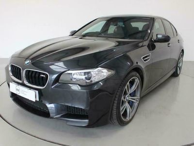 used BMW M5 4.4 4d AUTO 553 BHP-2 FORMER KEEPERS-FSH-ELECTR saloon