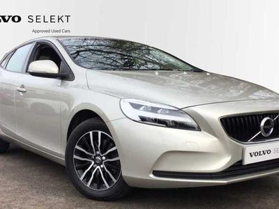 used Volvo V40 T3 Momentum Manual (Rear Park Assist - Bluetooth) 2.0 5dr