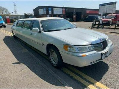 used Lincoln Town Car (R) 4.6 PETROL LIMO PARTY ON WHEELS