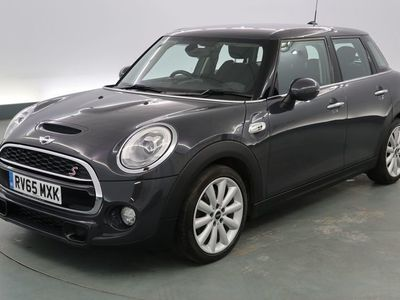 used Mini Cooper S Hatch 2.05dr [Chili Pack] - CHILI PACK - MULTI-FUNCTION STEERING WHEEL