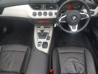used BMW Z4 Roadster 20i sDrive 2d Auto