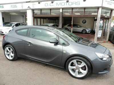 used Vauxhall Astra 1.4i 16v Turbo (140ps) Sport (s/s) Coupe 3d 1364cc
