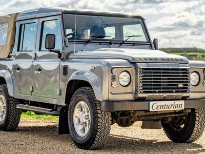 used Land Rover Defender 110 2.2 D DPF XS Crewcab Pickup 4dr