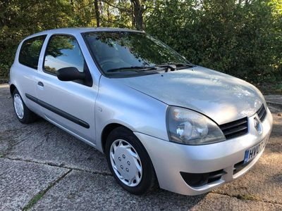 used Renault Clio 1.2 Campus 2007 3dr,5 Stamps of Service History