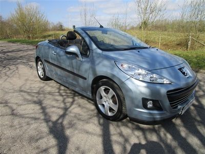 used Peugeot 207 CC 1.6 VTi SPORT WOW 1 LADY OWNER, 24000 MILES FULL SERVICE HISTORY