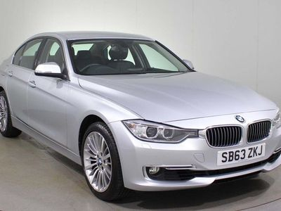 used BMW 320 3 Series 2.0 i Luxury xDrive (s/s) 4dr