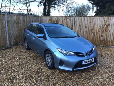 used Toyota Auris 1.4 D-4D Active Touring Sports 5dr Diesel Manual (s/s) (109 g/km, 90 bhp)