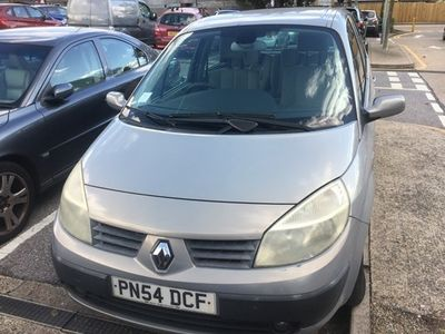 used Renault Scénic Estate 1.6 VVT Expression 5d Auto