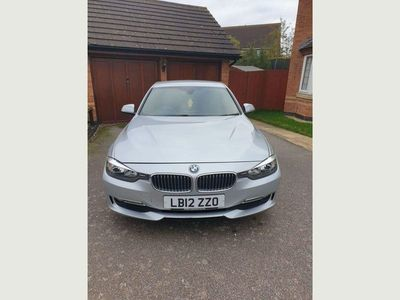 used BMW 320 3 Series 2.0 d Luxury (s/s) 4dr