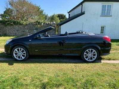 used Vauxhall Astra Cabriolet 1.8 i 16v Design Twin Top 2dr