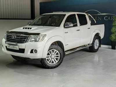 used Toyota HiLux INVINCIBLE 4X4 D-4D DCB 3.0