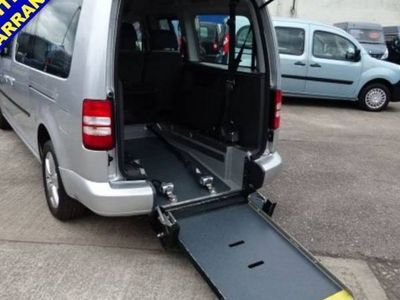 used VW Caddy Maxi DIESEL SEMI AUTOMATIC MPV 5 DOORS