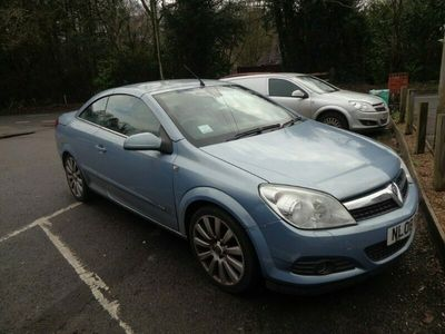 used Vauxhall Astra Cabriolet TWIN TOP DESIGN 1.8 2dr