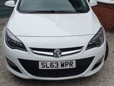 used Vauxhall Astra 1.6 16v SRi Auto 5dr